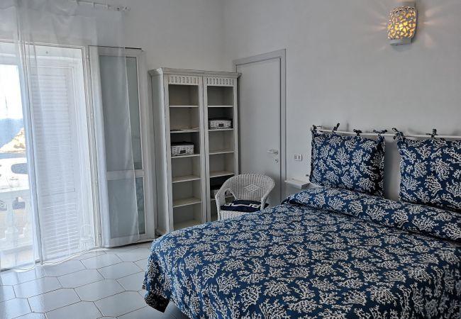 Affitto per camere a Ponza - b&b Casa d'aMare - Il Mare in una stanza -