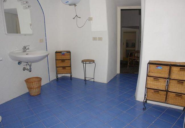 Villa a Ponza - Frontone 101
