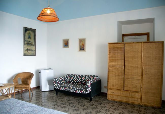Affitto per camere a Ponza - Giancos 68