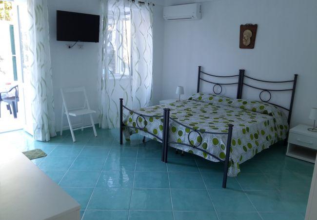 Appartamento a Ponza - Fontana 73