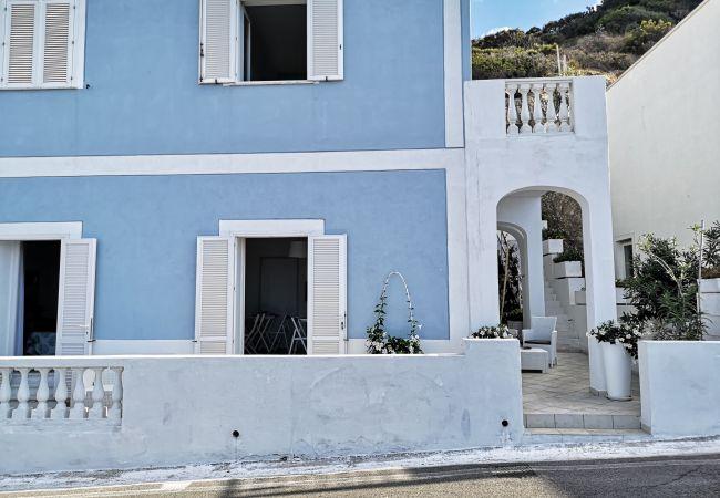 Affitto per camere a Ponza - b&b Casa d'Amare - Amata -