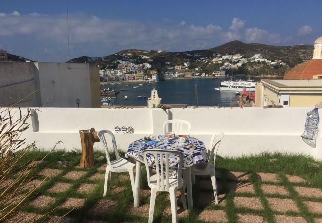 Ferienwohnung in Ponza - Turistcasa - Parata 41 -