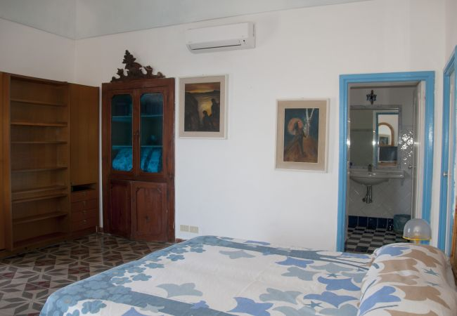 Appartement à Ponza - Giancos 67