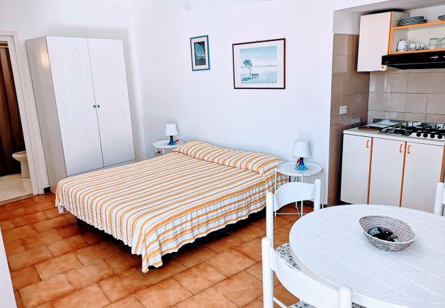 Апартаменты на Ponza - Turistcasa - Corso Umberto 109 -