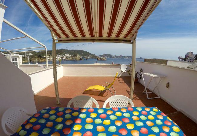 Апартаменты на Ponza - Turistcasa - Corso Umberto 81 -